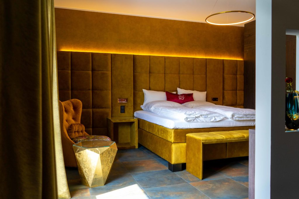 Motel 24 Rietberg Honeymoon Suite large